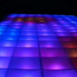 Texas Instruments RGB LED Coffee Table, Coffee Table in Disco…
