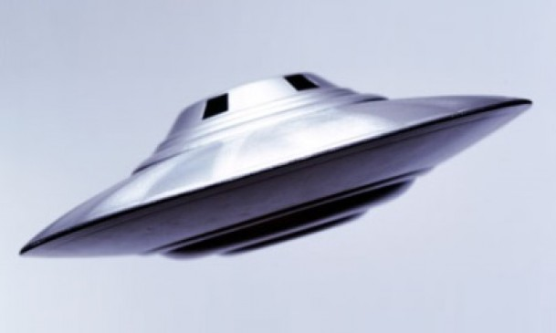 UFO's over Gatwick, Pilot Sightings in the UK…