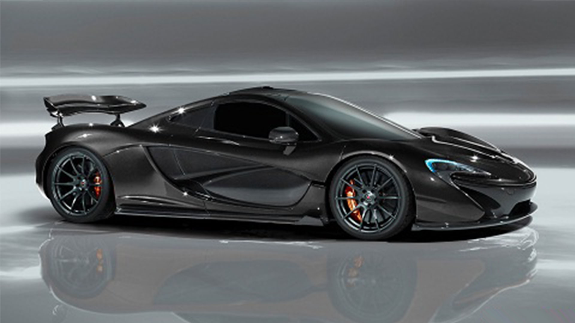http://www.highpants.net/wp-content/uploads/2014/02/Highpants-hypercar-battle-McLaren-P1-04.jpg