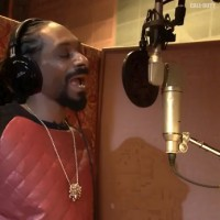 Snoop Dogg does Call of Duty: Ghosts Voice-overs, Freakin' Awesome…